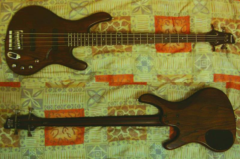 Ibanez EDB 550 Basszusgitár
