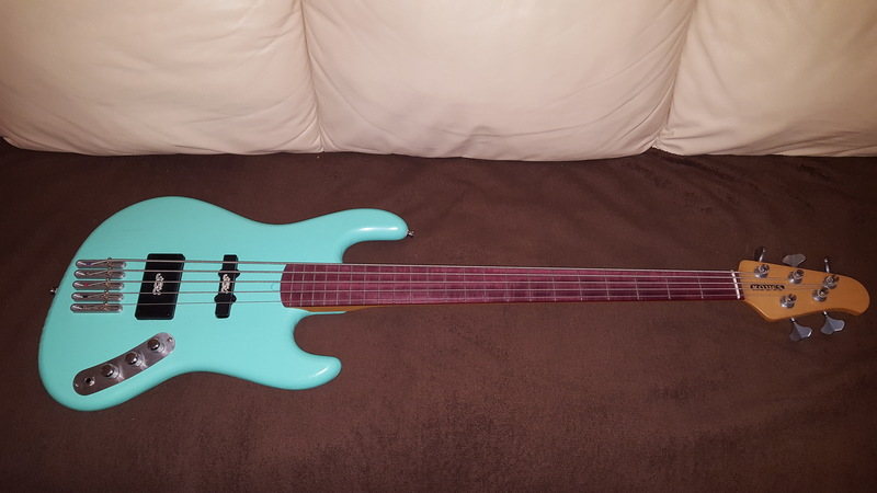 Köves 5 húros custom bass Bass guitar 5 strings