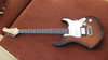 YAMAHA 812W Electric guitar