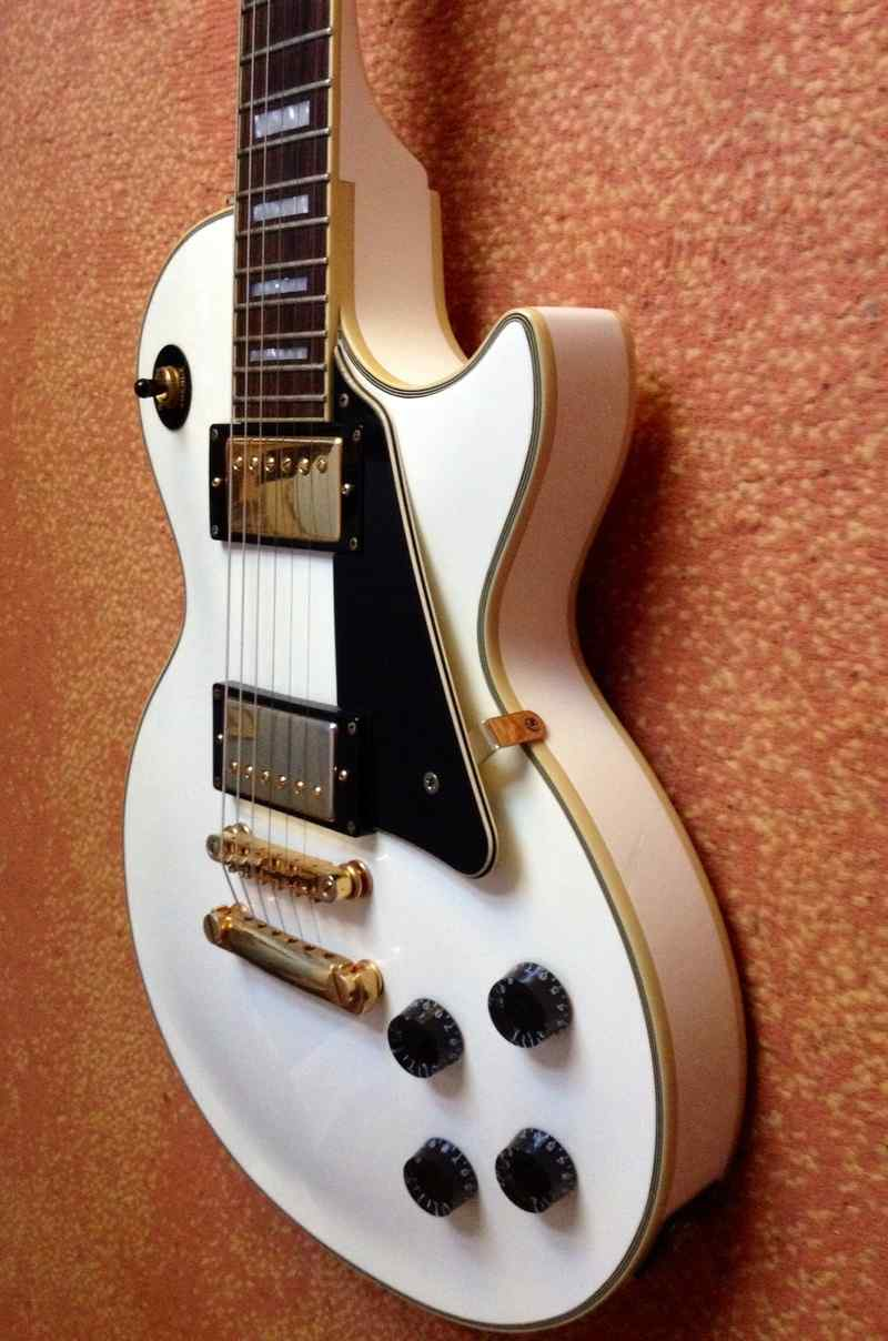 Epiphone Les Paul Custom Electric guitar
