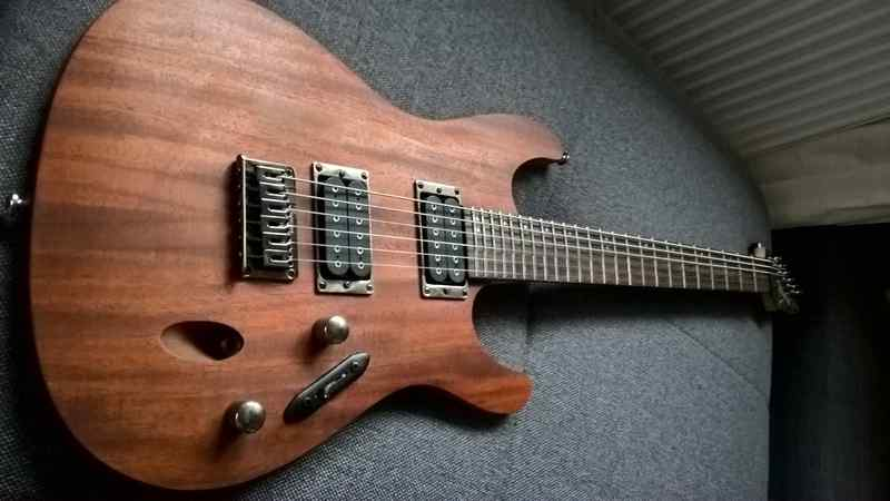 Ibanez S521 Electric guitar