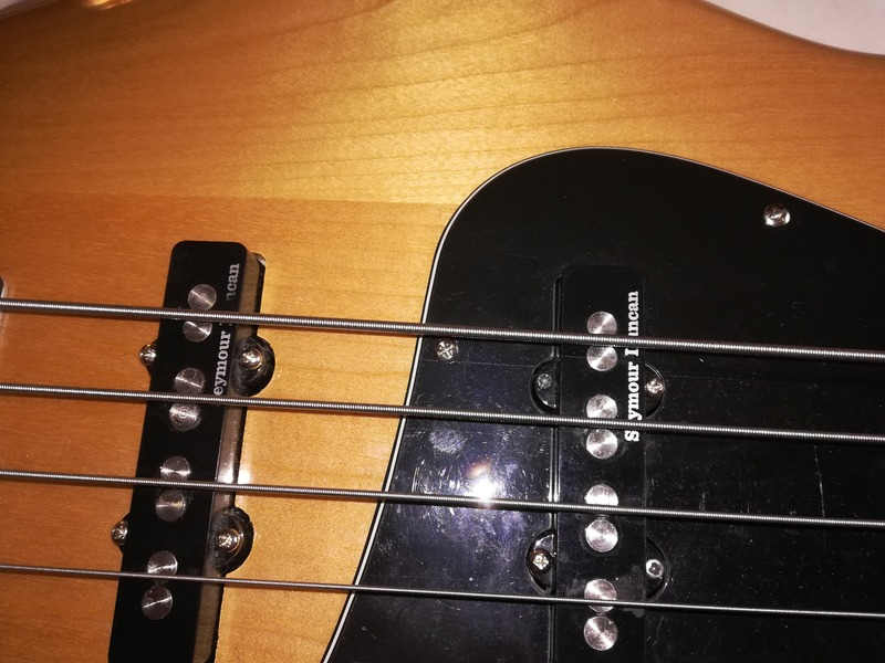 Squier Vintage modified jazz bass 70s Bass Gitarre