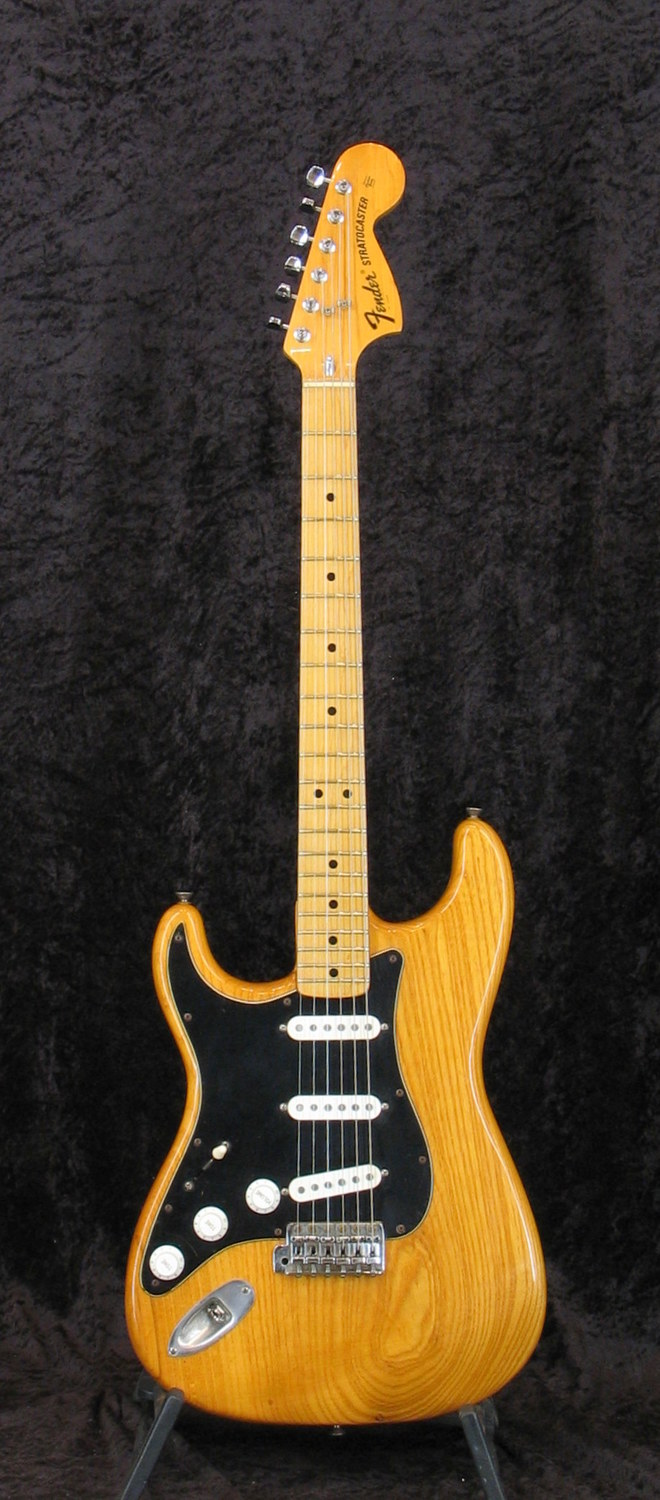 Fender Stratocaster 1975 LH Electric guitar