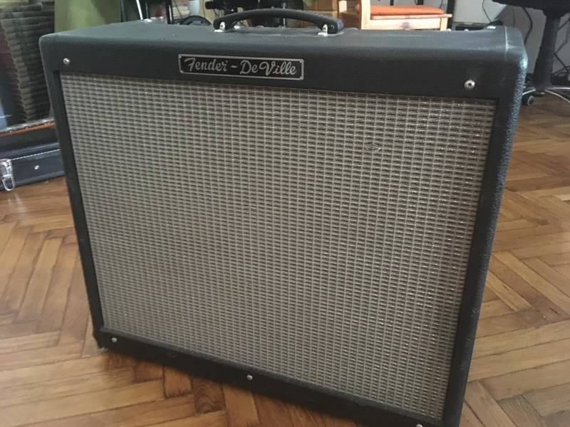 Fender Hot Rod DeVille 212 USA Gitárkombó