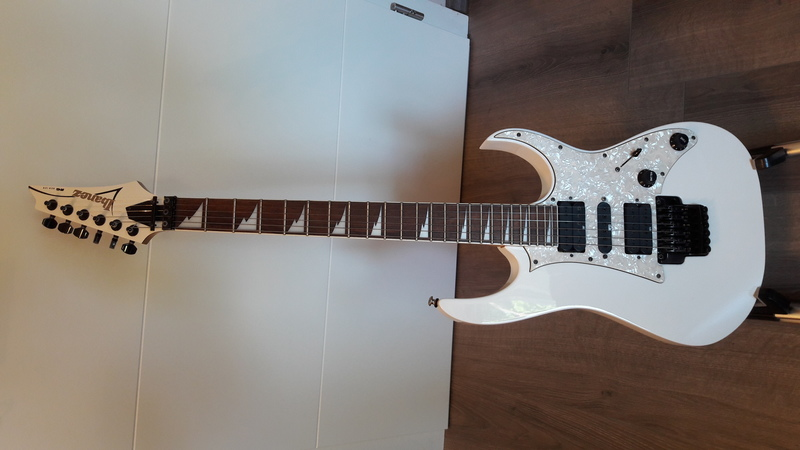 Ibanez RG-350 DX Electric guitar