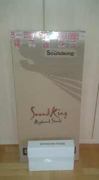 Soundking DF030 + DF087 Keyboard stand